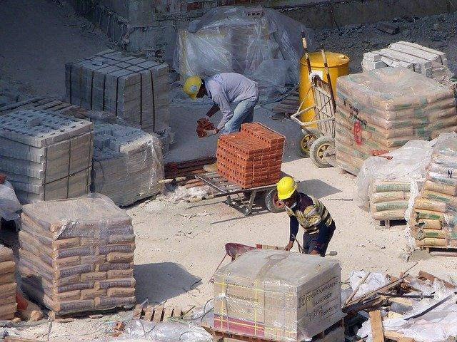 建設工事に労働者を派遣することは違法です!